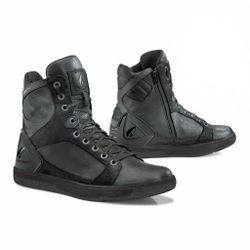 Bota-Hyper-Black