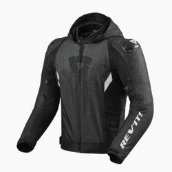 FJT294_Jacket_Quantum_2_H2O_Black-Anthracite_front-1-